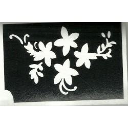 pochoir collier de fleurs