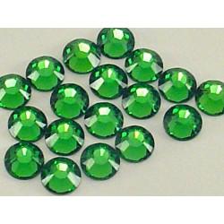 Sachet de cristaux de swarovski vert fougère 2.6mm ss9