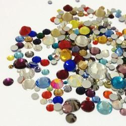 Sachet de strass en cristal couleur et taille en mélange