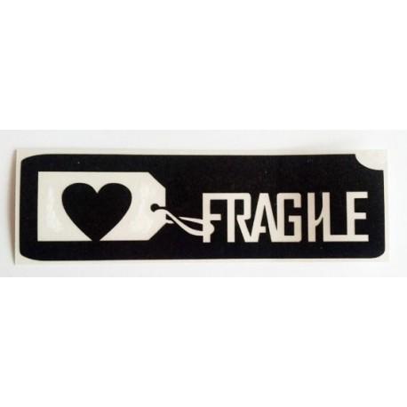 pochoir coeur fragile
